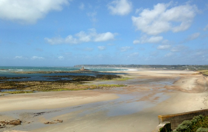 Beautiful beaches of Jersey - the perfect place for families