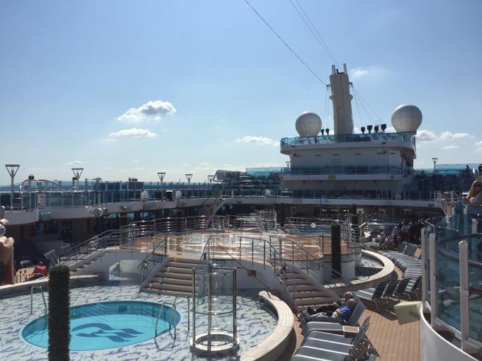 Princess Cruise pool