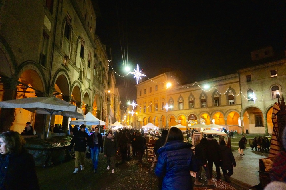 12 Reasons to Visit Bologna At Christmas